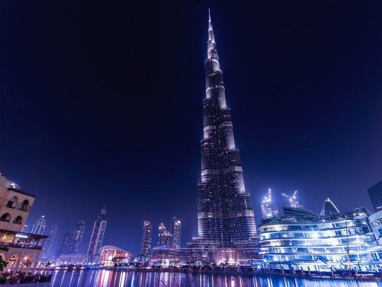Burj Khalifa und die höchste LED Lightshow der Welt