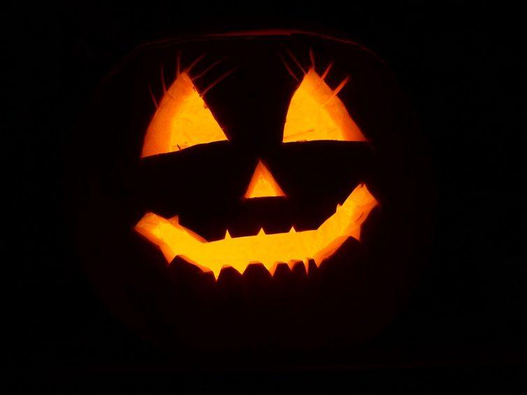 Halloween & LED Beleuchtung: Ideen und Tipps